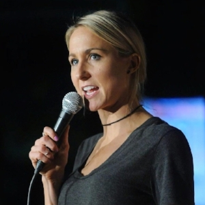 ct-nikki-glaser-comedy-review-ent-0522-20170521.jpg
