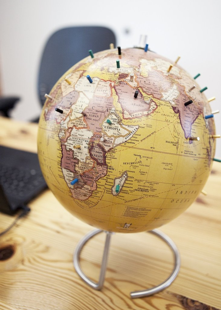 World Globe with Magnetic Pins