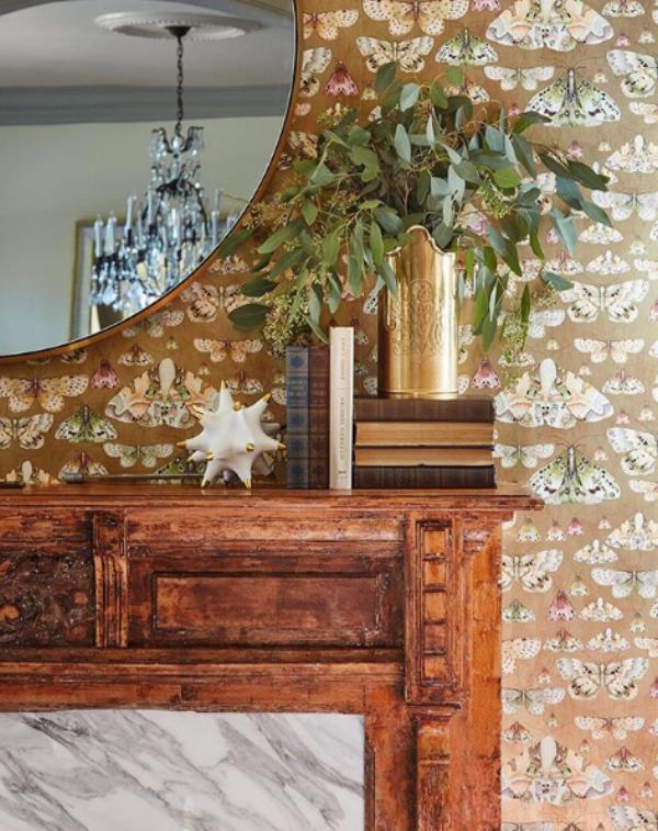 Wallpaper fireplace close