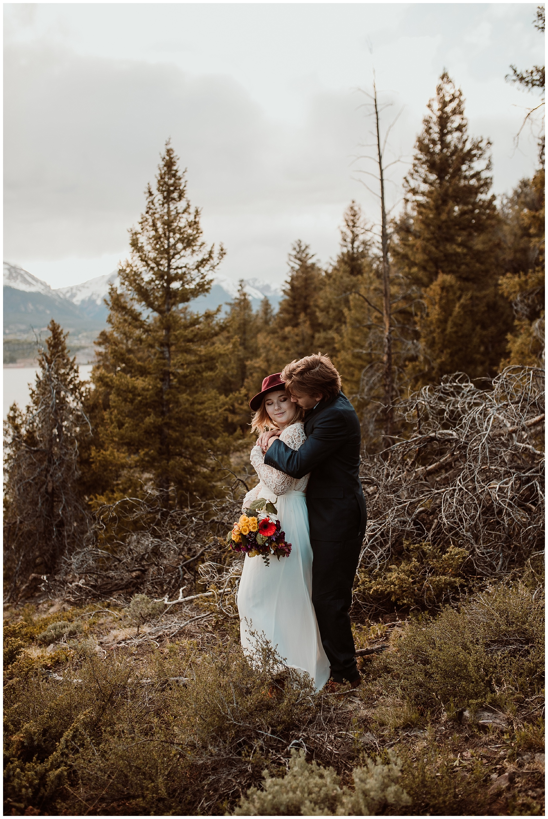 ColoradoWeddingMountainElopement37.jpg