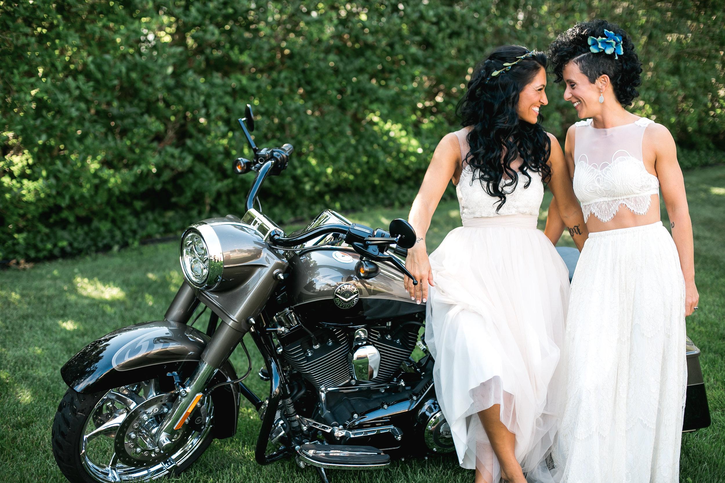 Sarah_and_Simone_WeddingReedit-58.jpg