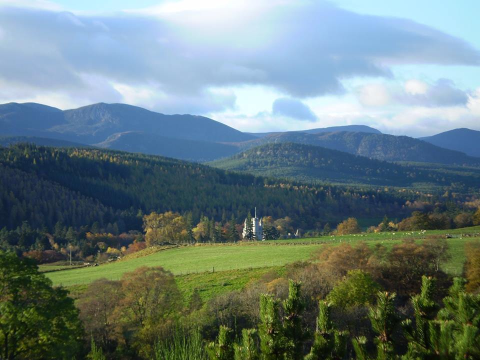 Balmoral-castle-from-knock-cottage