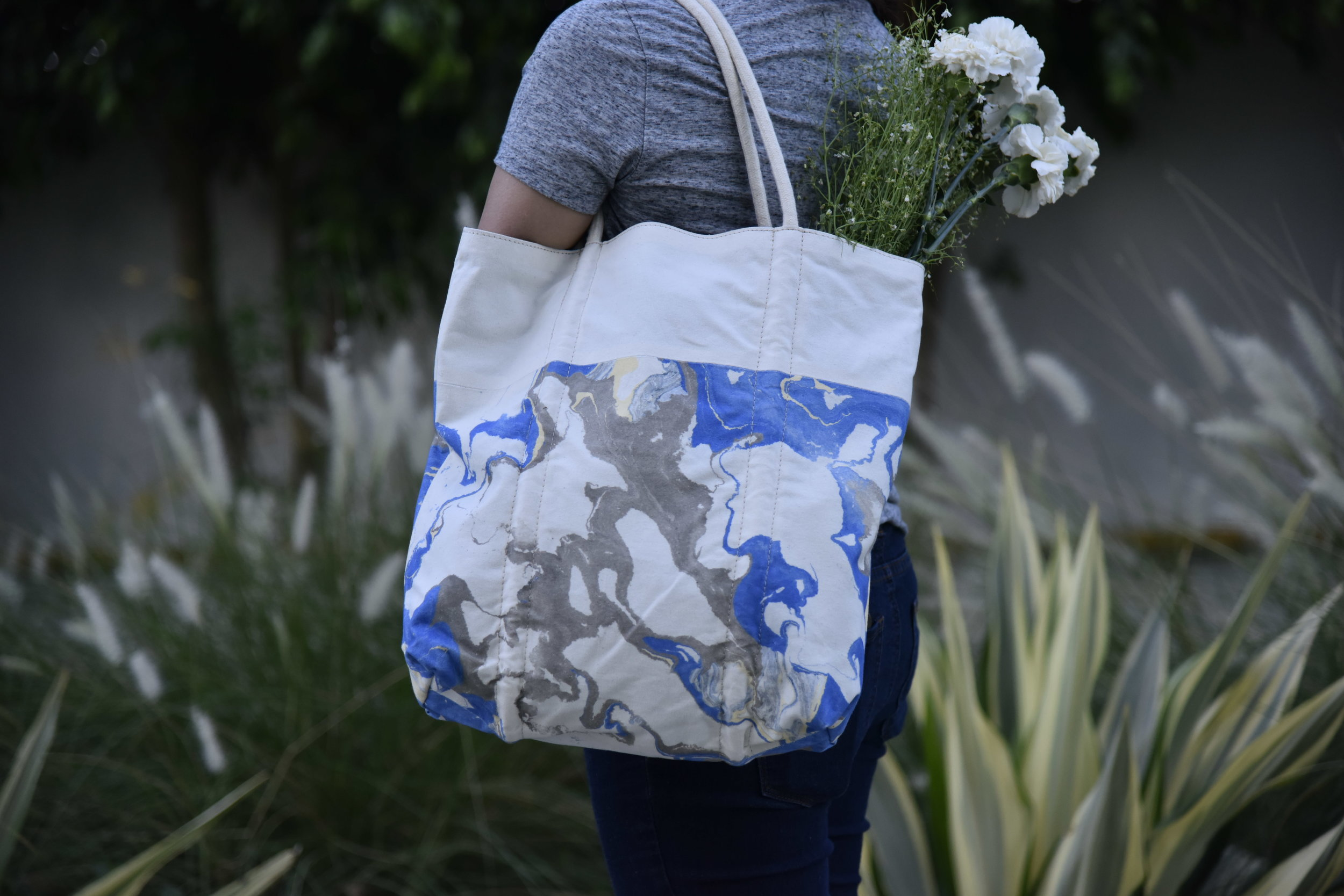 We work with master marbling artisans in Jaipur to create totes, pouches, bags and garments. To know more please write to us at aashapuraoverseas@gmail.com