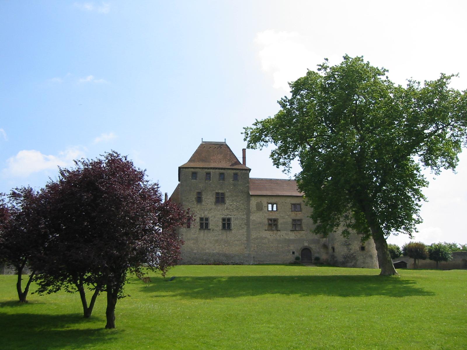 chateau 3.jpg
