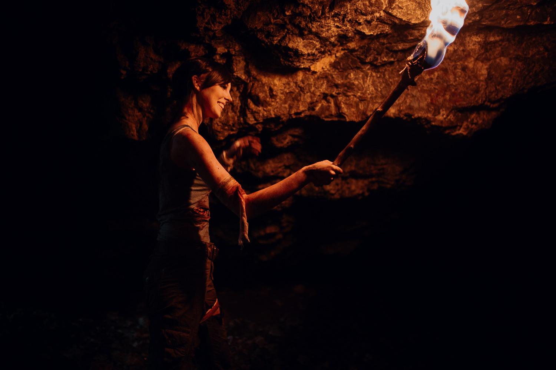 Tomb-raider-lara-croft-backstage-michal-brzegowy-3.jpg
