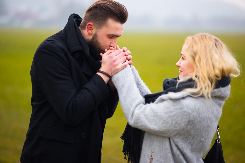 How-to-choose-wedding-photographer-michal-brzegowy-16.jpg
