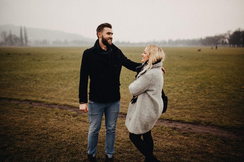 How-to-choose-wedding-photographer-michal-brzegowy-15.jpg