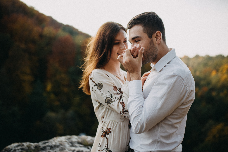 How-to-choose-wedding-photographer-michal-brzegowy-31.jpg