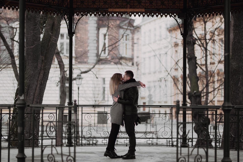 Couple-engagement-tips-1.jpg