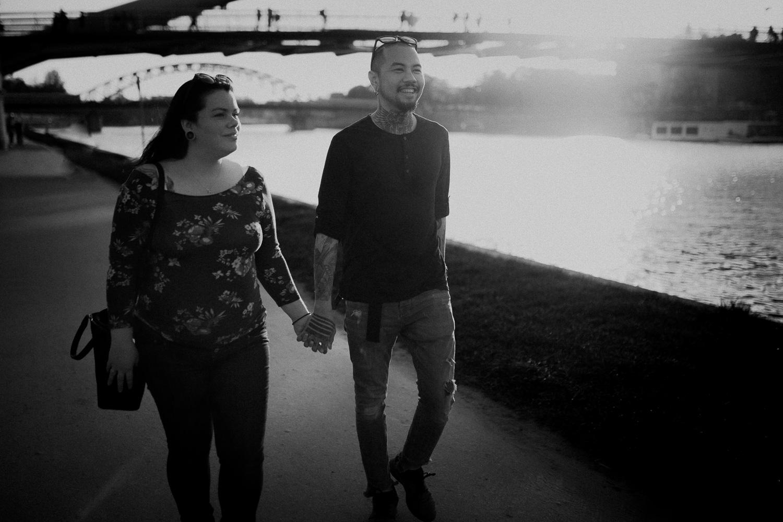 Engagement-tattoo-Thai-Norway-couple-30.jpg