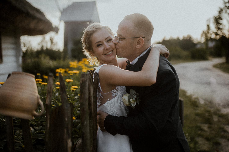 boho-wedding-tokarnia-rustykalny-slub-plenerowy-120.jpg
