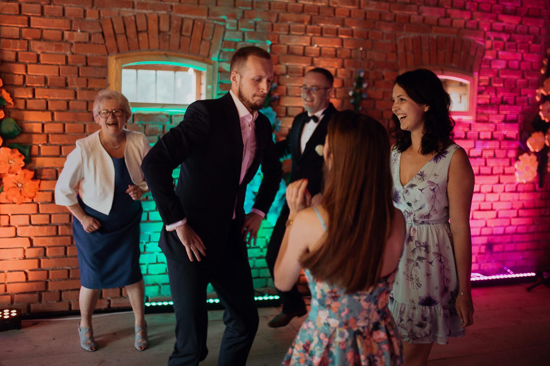 boho-wedding-tokarnia-rustykalny-slub-plenerowy-165.jpg