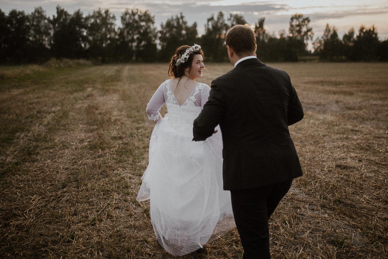 Boho-wedding-slub-rustykalny-w-Osieku-68.jpg