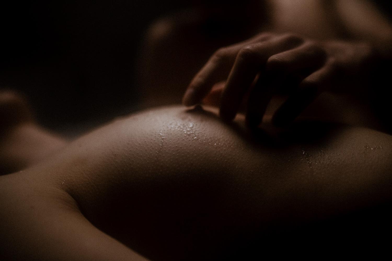 Intymna sensualna erotyczna sesja pary fotograf krakow (35 of 61).jpg