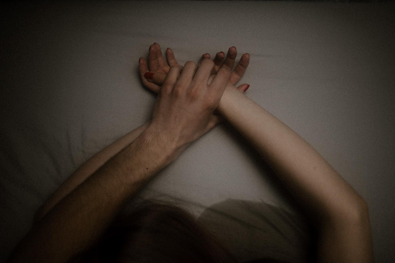 Intymna sensualna erotyczna sesja pary fotograf krakow (38 of 61).jpg