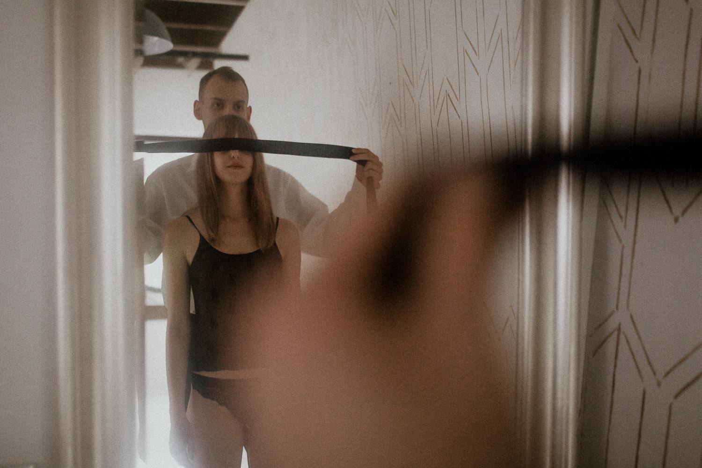 Intymna sensualna erotyczna sesja pary fotograf krakow (44 of 61).jpg