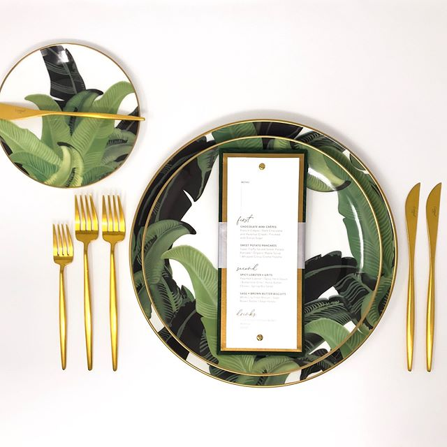 Tropical vibes 🌴with our Oracabessa Dinnerware + Brushed Gold Flatware #thecovetedco