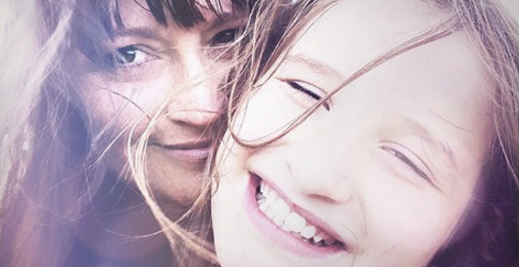 It's Science - The mother-daughter bond is even more powerful than we thoughtMother-daughter relationships are the strongest of all parent-child bonds when it comes to the common ways their brains process emotion, according to a study published in the Journal of Neuroscience.