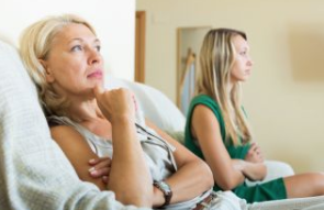 8 Toxic Patterns in Mother-Daughter Relationships - Despite the commonalities, there are differences.
