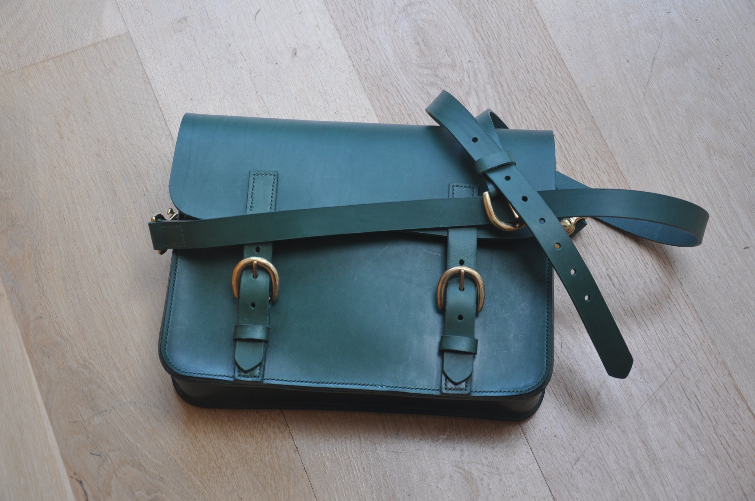 green satchel.jpg