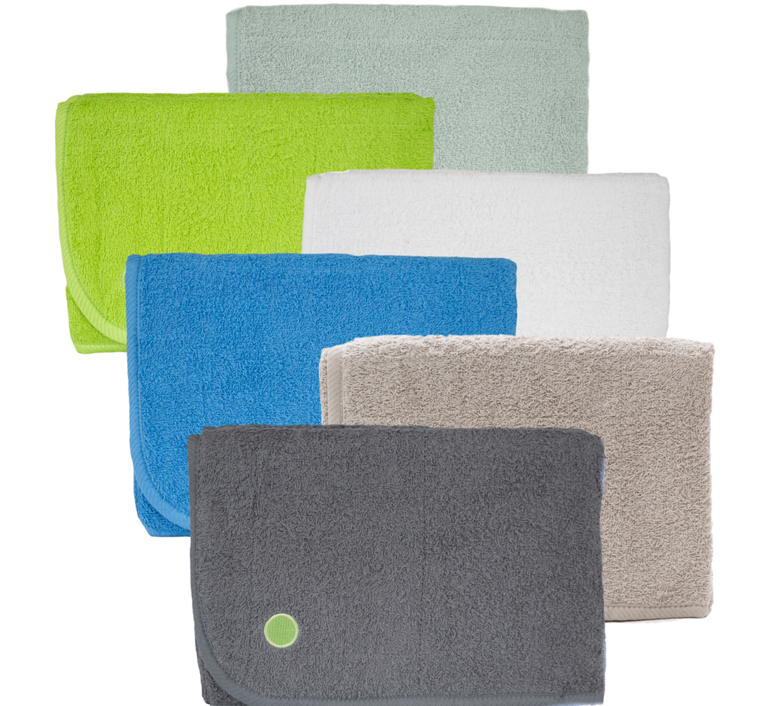 🍁  PeapodMats    Peapod's incontinence mats are made with breathable cotton with an added coating of TPU for waterproofness. These are great for children or adults and can be used for potty training, leaky nighttime lactation or even stomach bugs. They save you from washing the sheets repeatedly and can be easily machine washed.