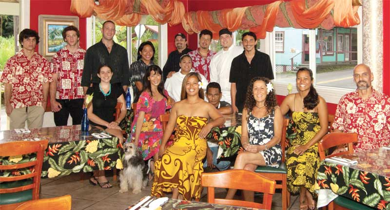 photo_group_Old group photo.jpg