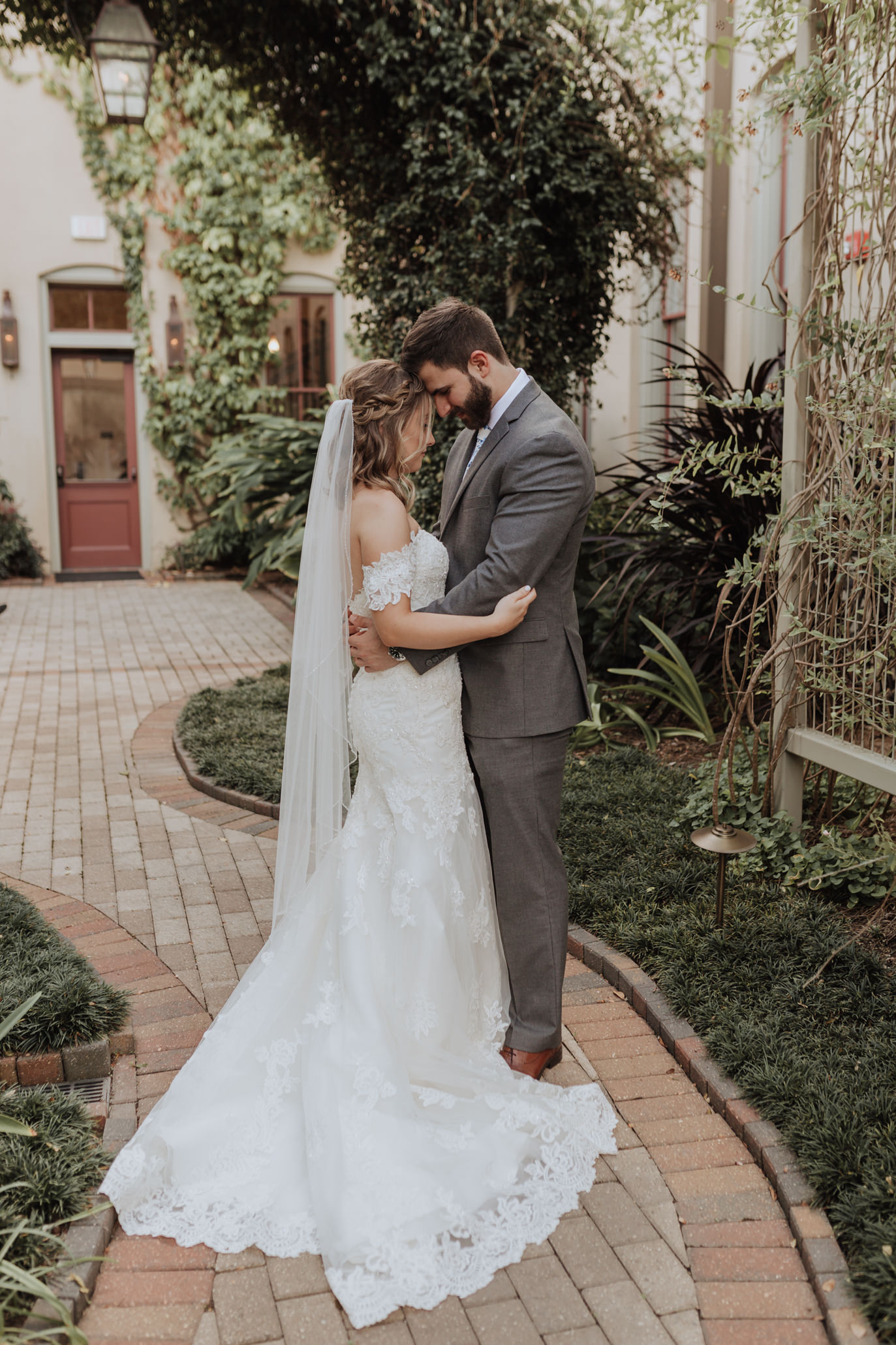 southern hotel covington wedding-20.jpg