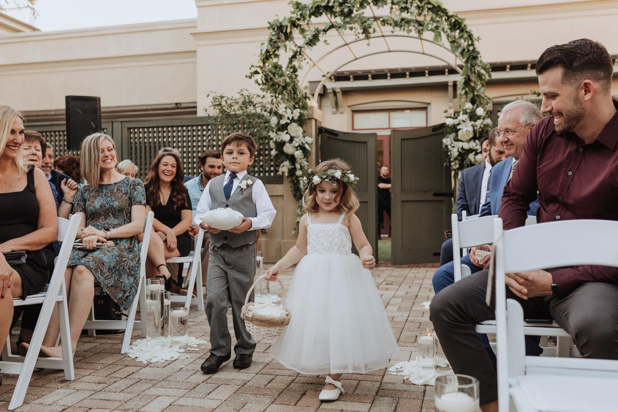 southern hotel covington wedding-35.jpg