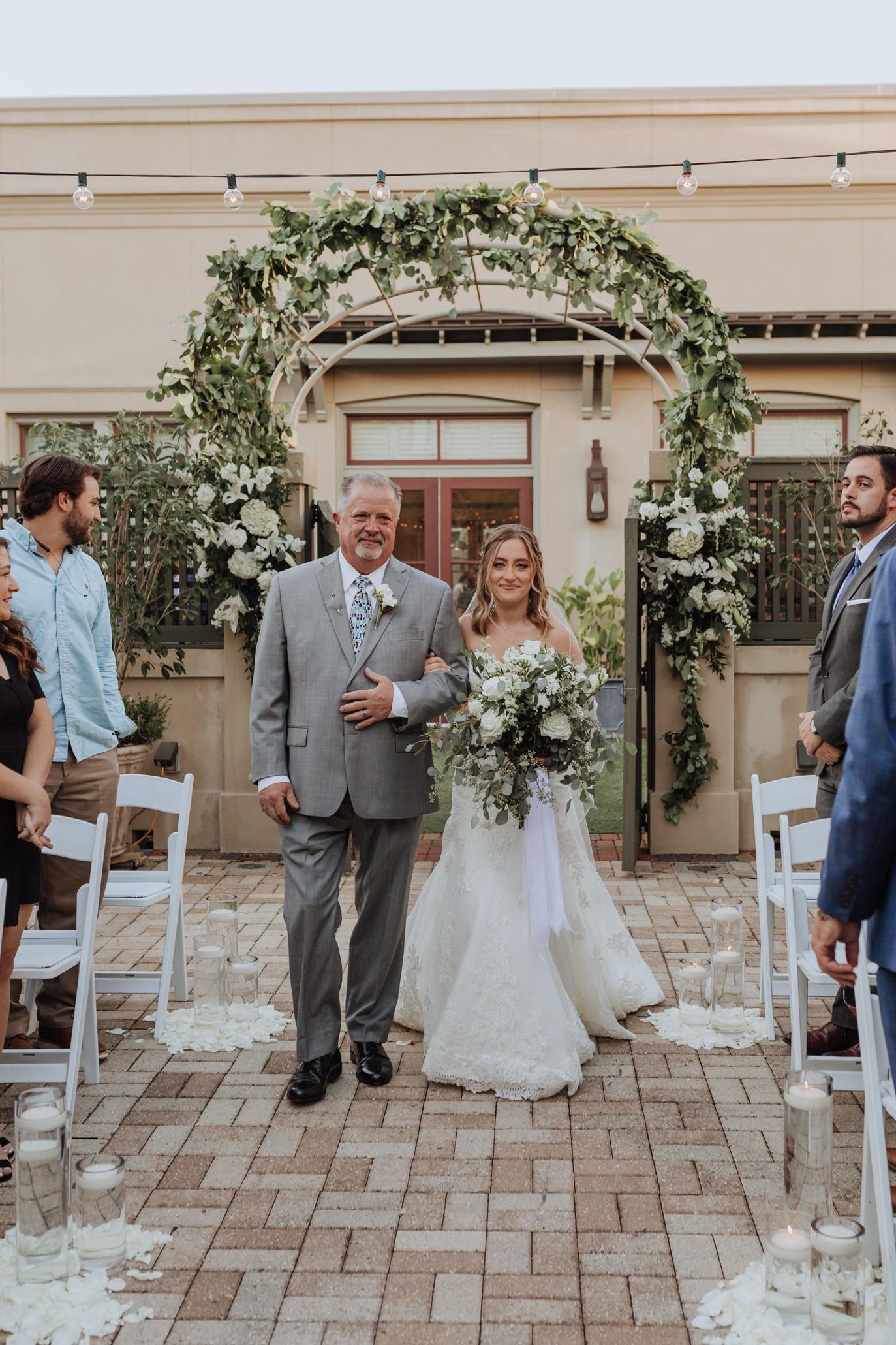 southern hotel covington wedding-36.jpg