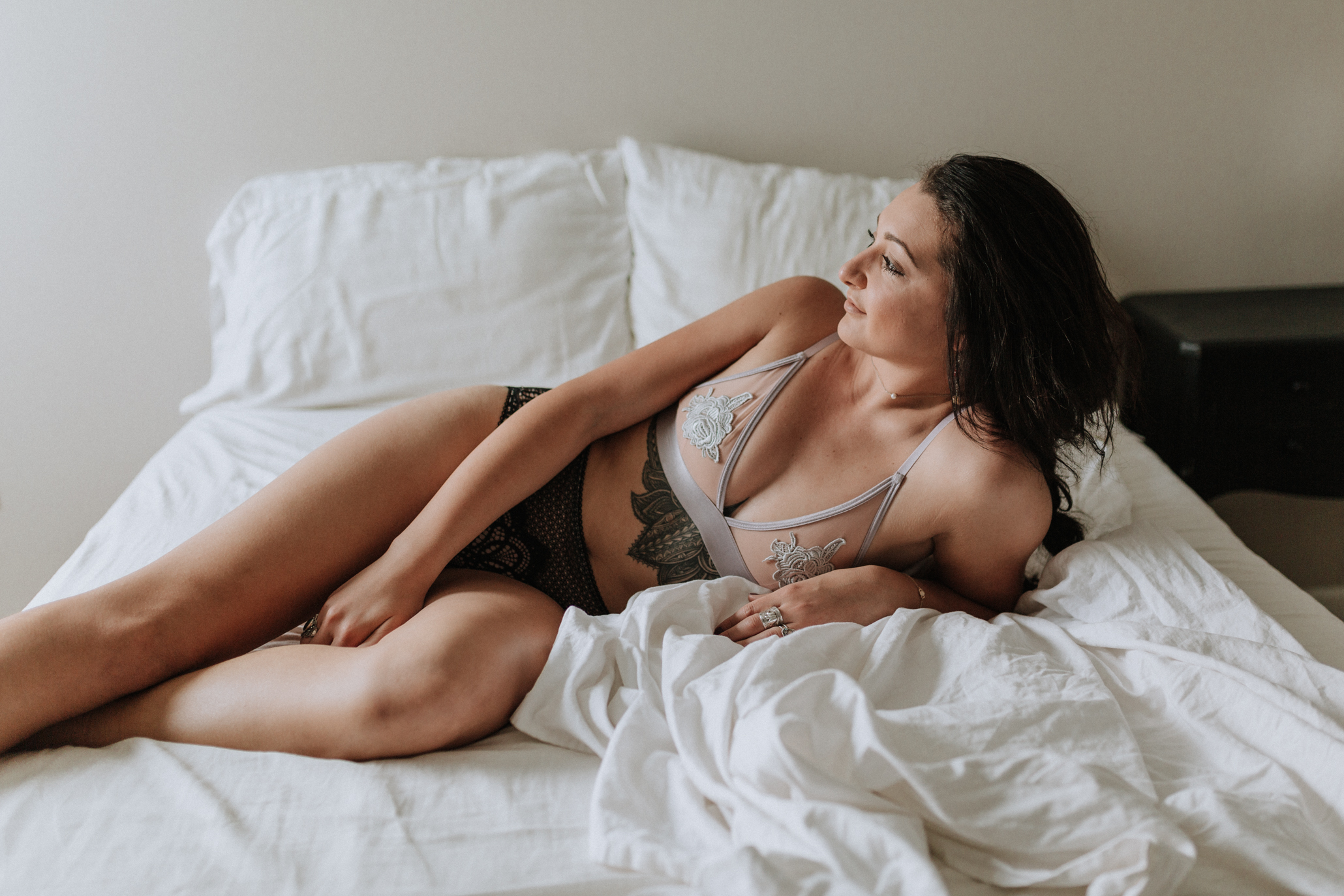 393681061131 Casual Boudoir Session w/ Mary — Alyssa Fisher Photography