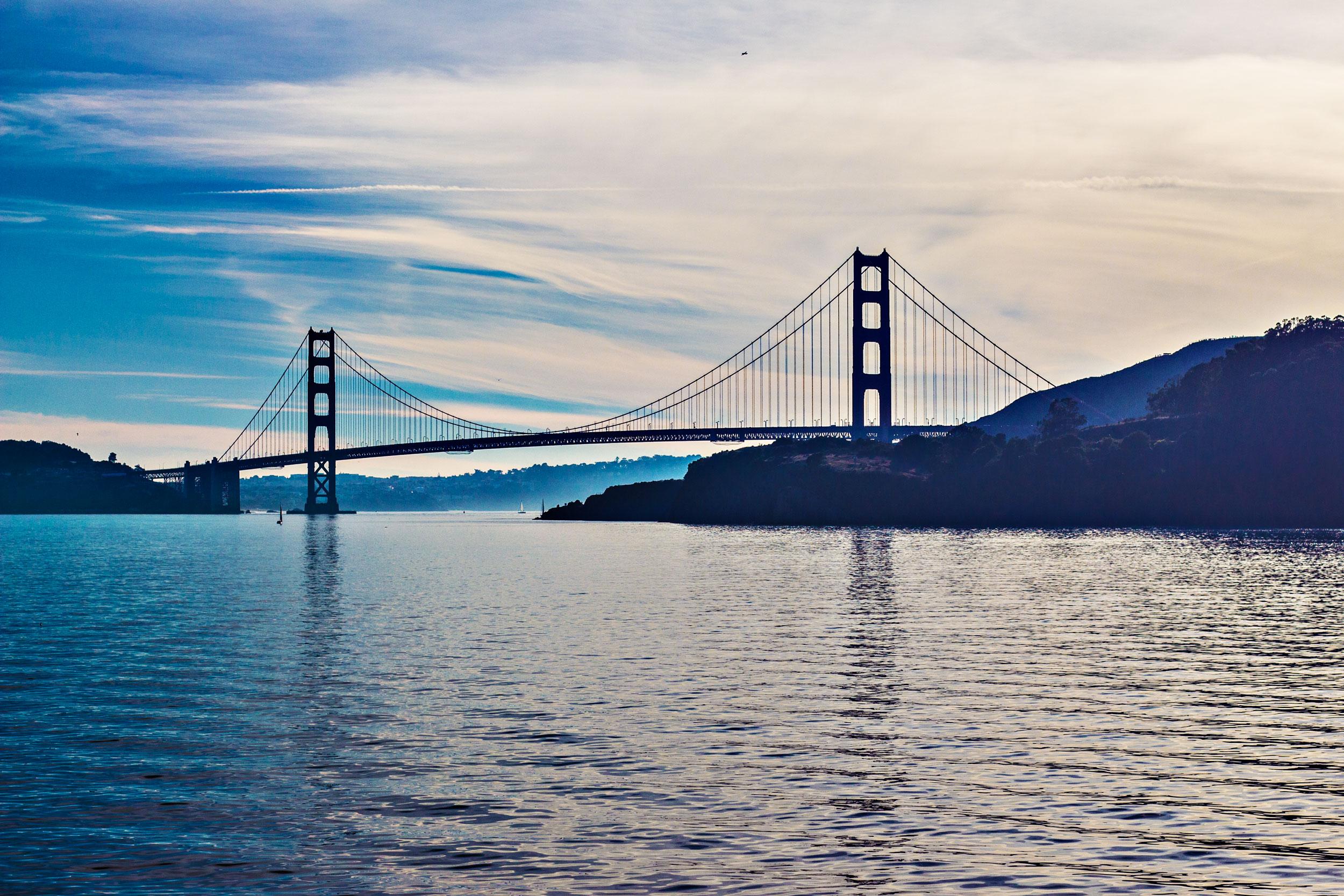 Golden-Gate-Bridge-Blue.jpg