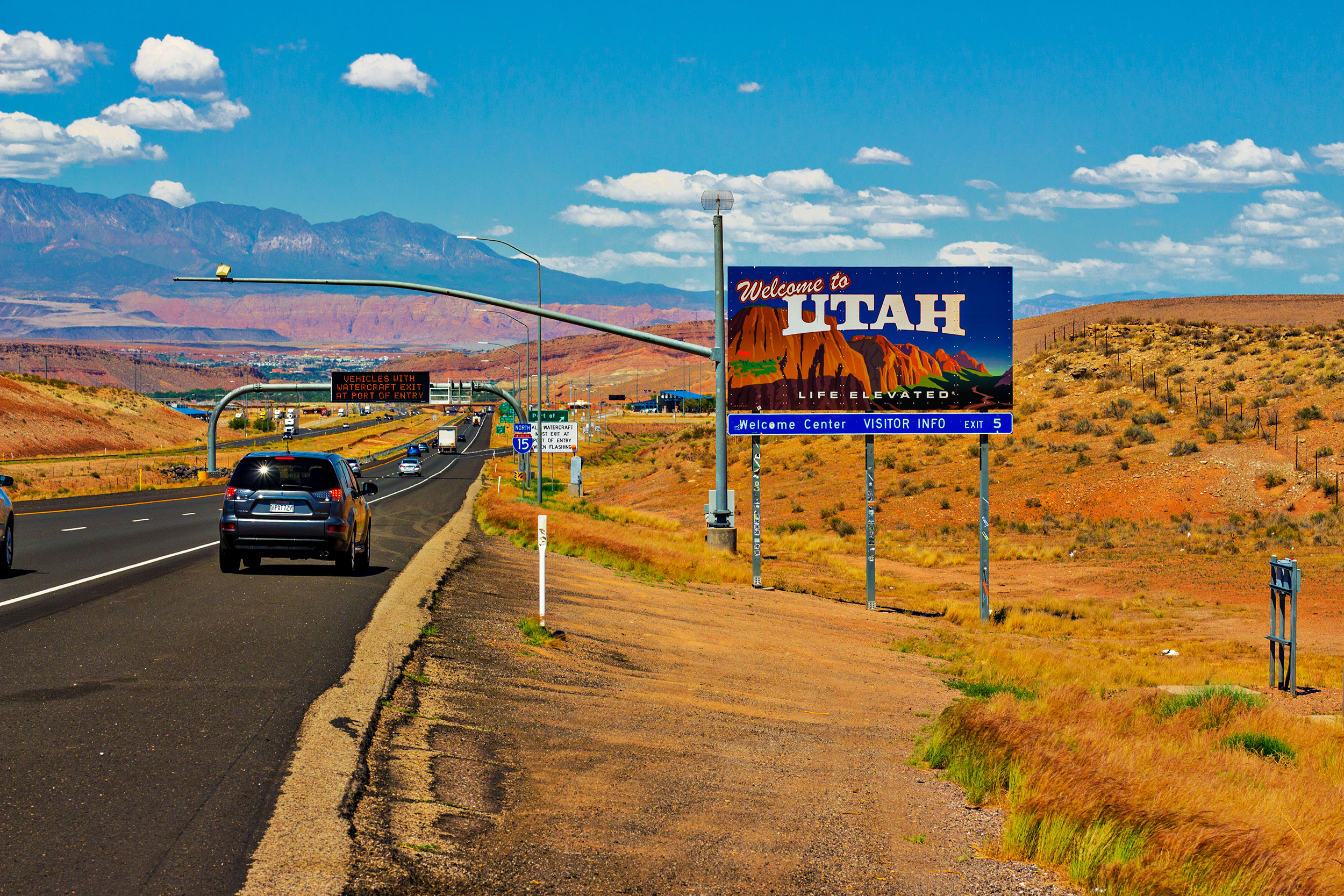 Utah-State-Line.jpg