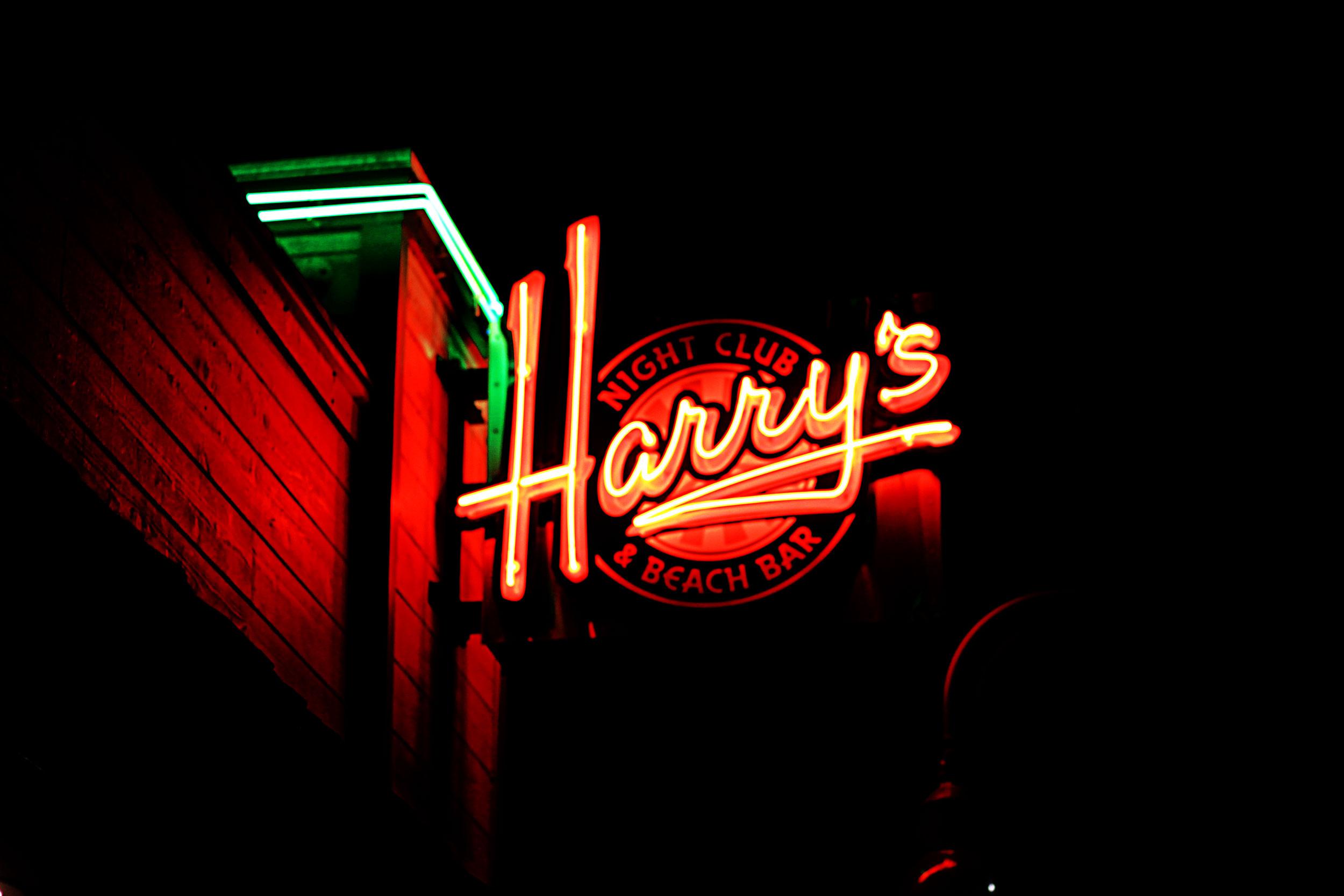 Harrys-PismoBeach.jpg