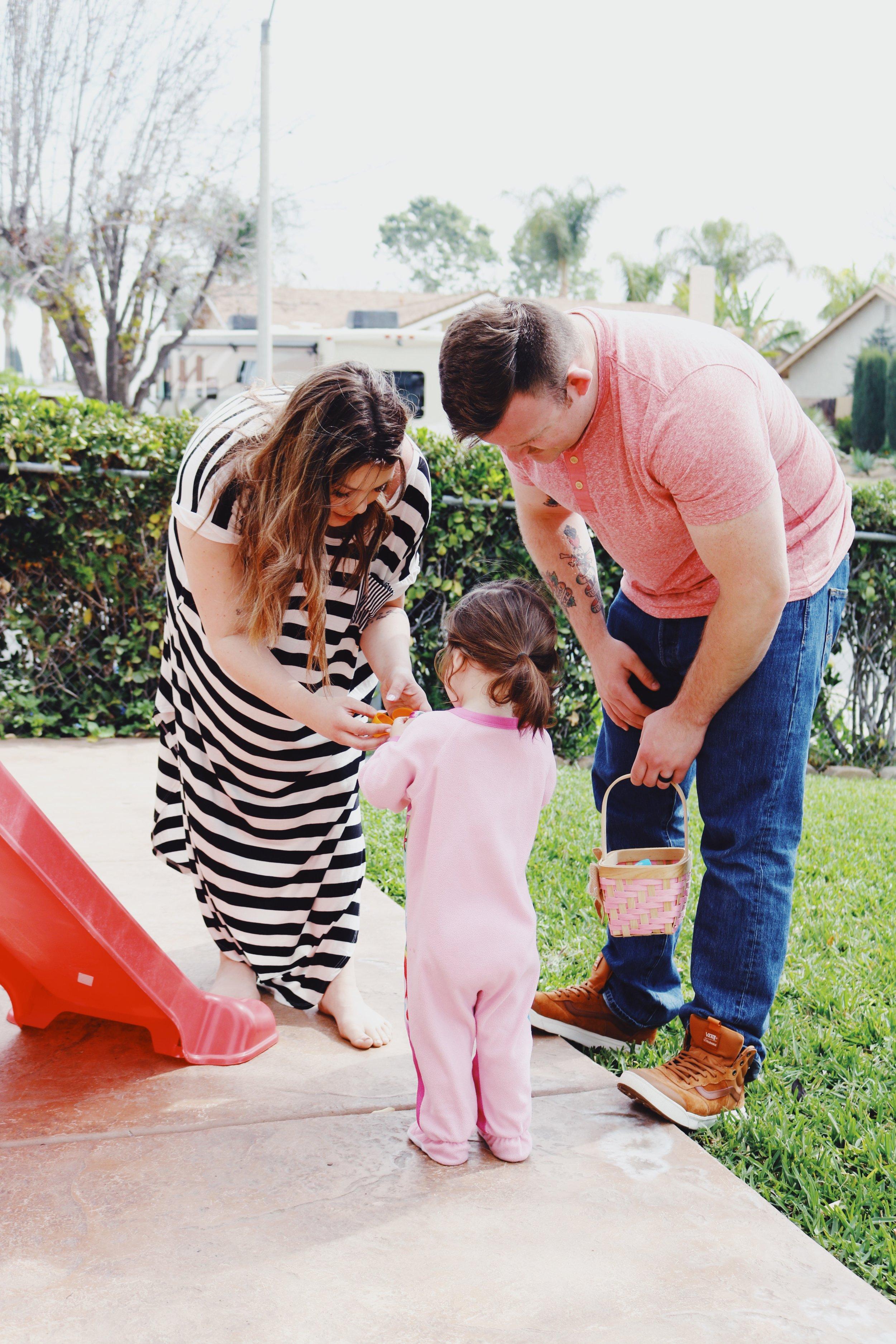 family looking hunt.jpg