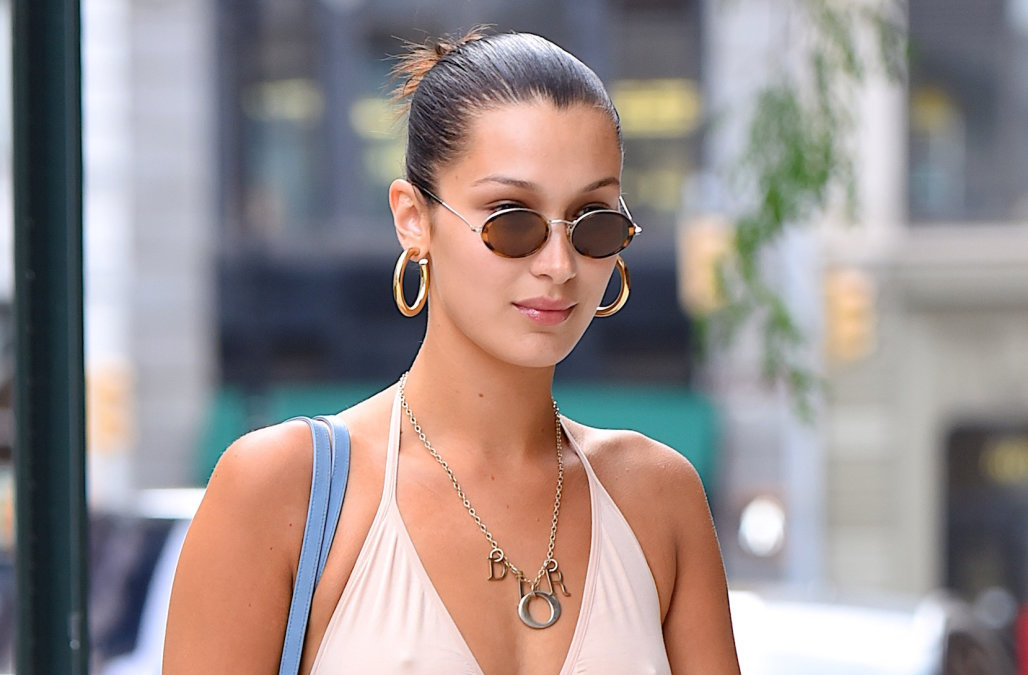 http---o.aolcdn.com-hss-storage-midas-3e89eccfec8e436870a0c9fc9707387c-205616607-bella-hadid-seen-out-in-manhattan-on-august-28-2017-in-new-york-city-picture-id840617144.jpeg