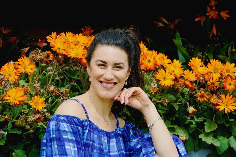 #5 Lilia Tarawa  Bestselling Author & Holistic Lifestyle Coach   Main Discussion