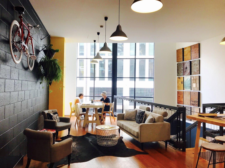 guest-lounge.jpg