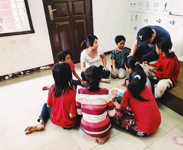 We partner with @gerakan.dewantara to teach the kids practical ways to develop their character. Our theme last week was GRATEFULNESS 🤗 #secondchanceinitiative #gerakandewantara