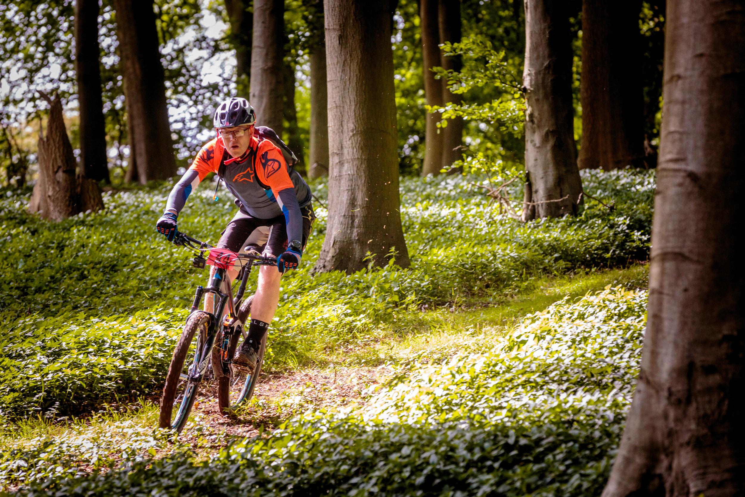 MTB rider flies through Yorkshire forest