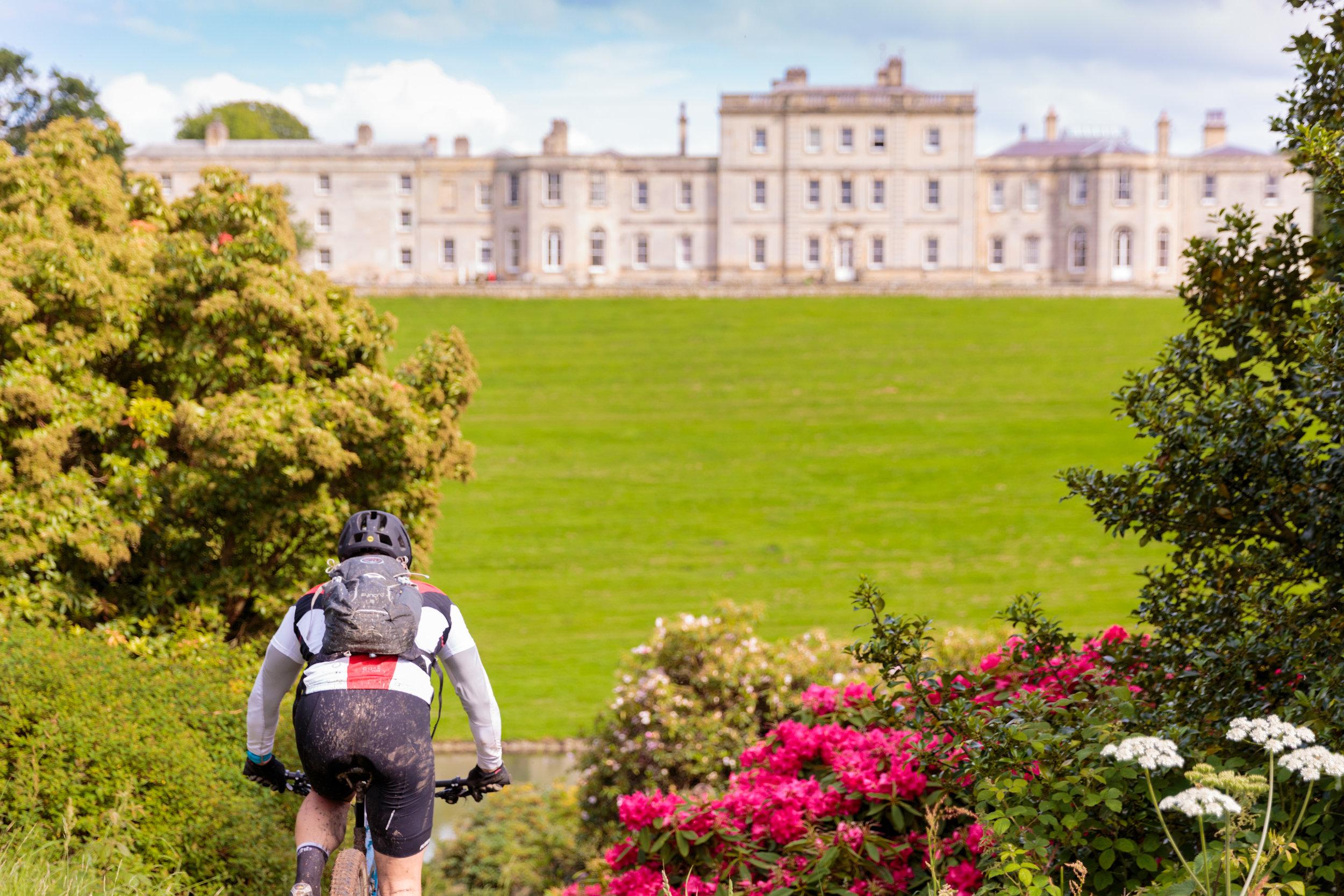 Birdsall House Hosts the Yorkshire Mountain Bike Marathon