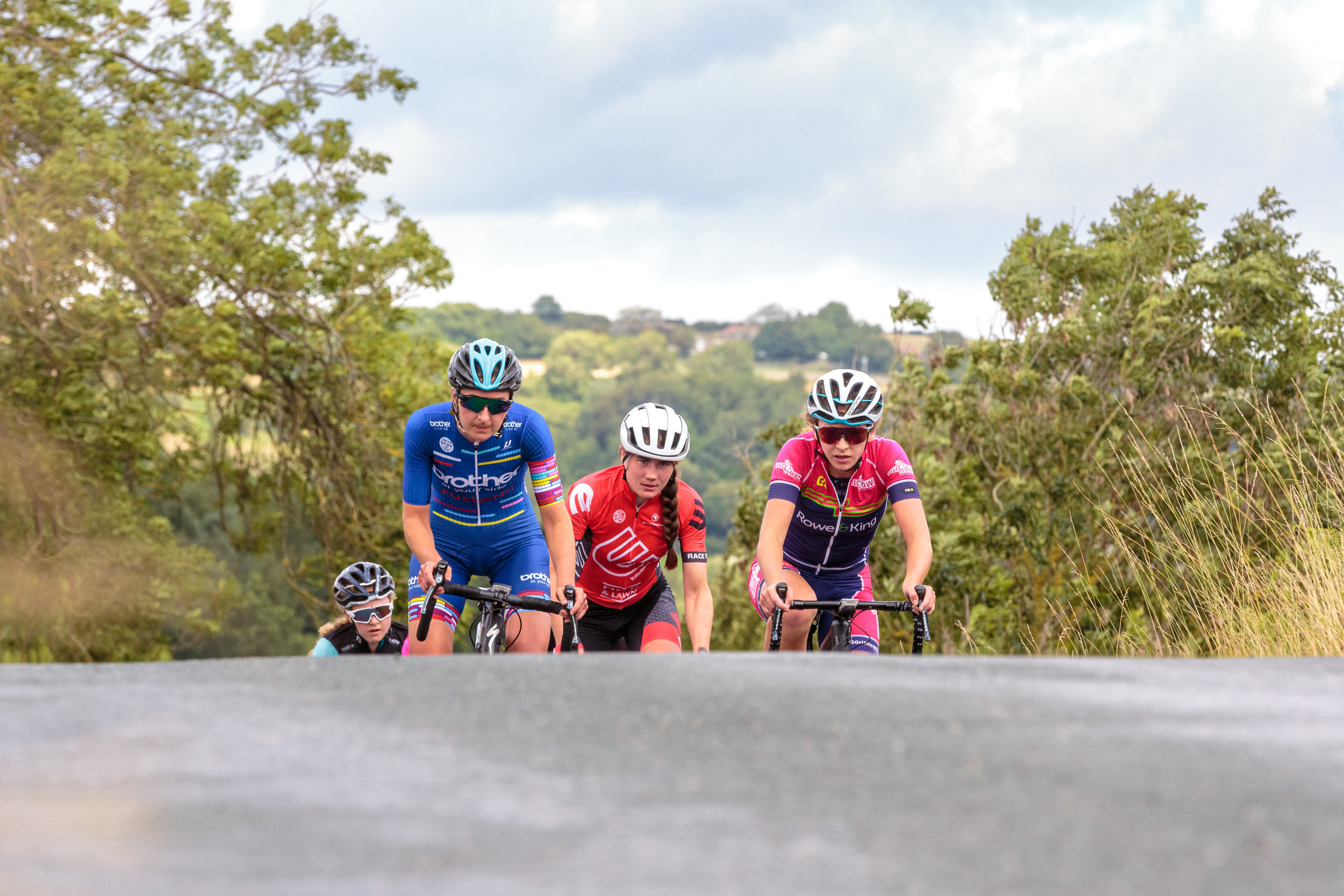 A bunch of chasers in the Women's Ryedale Grand Prix