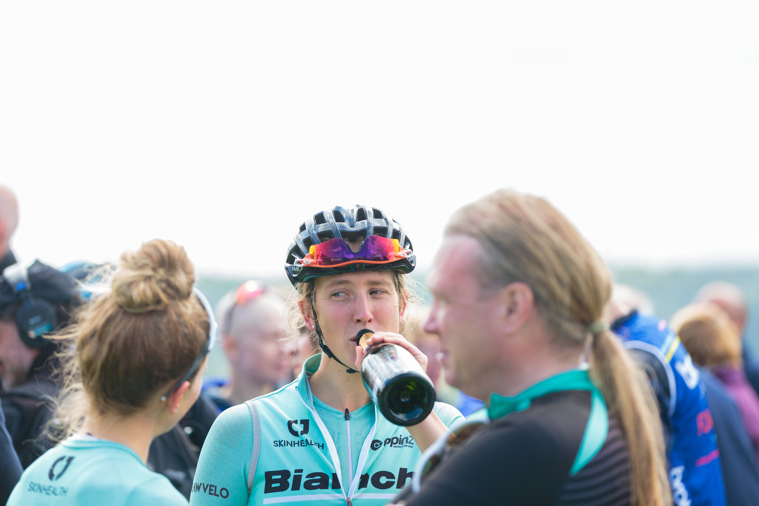 Bianchi Dama Riders know how to re-hydrate.
