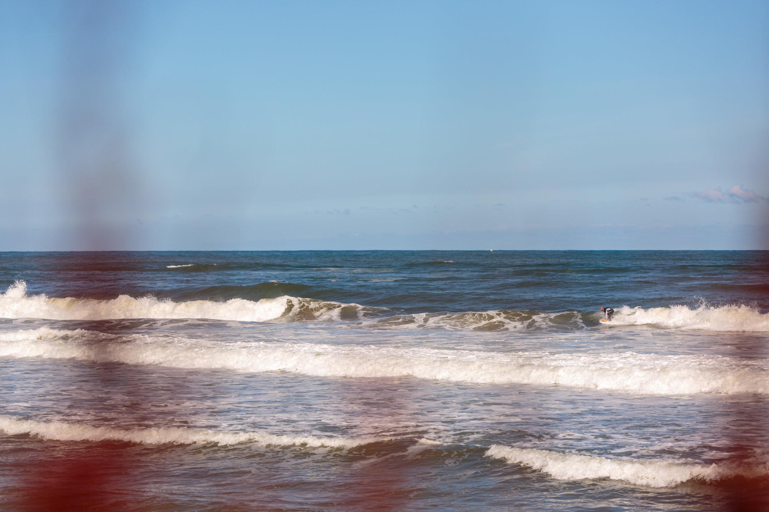 Rich gets to drop knee in the bit open ocean.