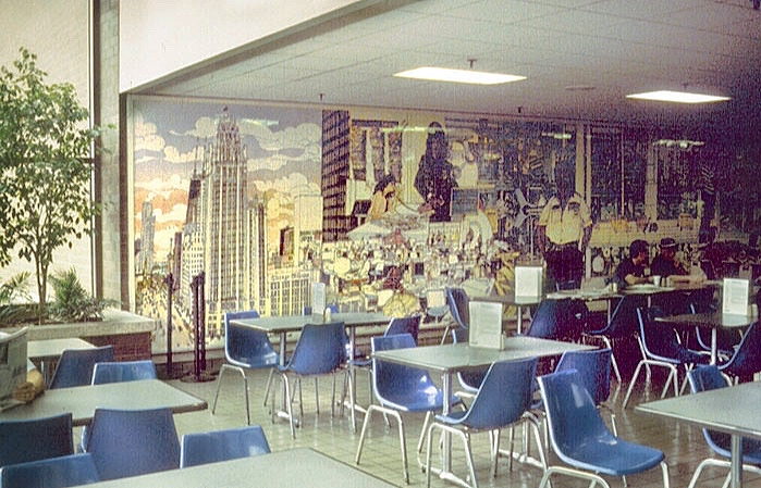 MURALS - Mark has been making ceramic tile murals for many years, including Van Buren and Federal(pictured above), Lake Forest High School, State of Illinois, Sears School, O'Hare Airport, Chicago Tribune Company, McDonald's, Everette School, Northwest Memorial Hospital, Gorton Community Center,CROYA