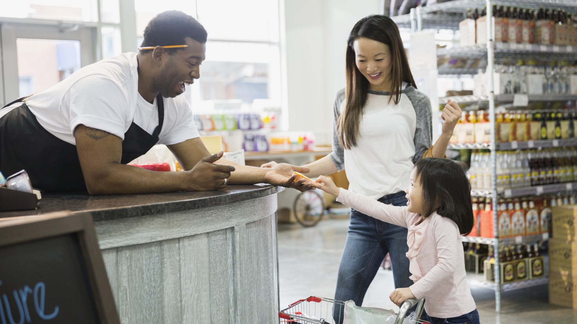 5-unique-ways-to-support-small-business-saturday.jpg