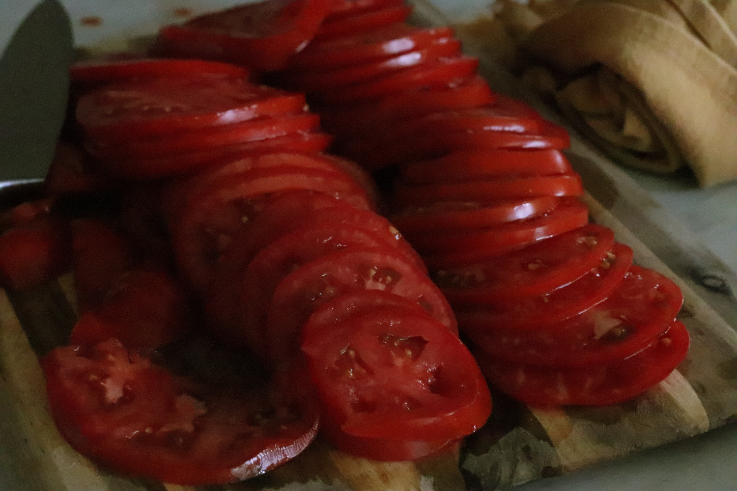 How To Dehydrate Tomatoes How To Store Dehydrated Tomatoes Use Dehydrated Tomatoes in Recipes