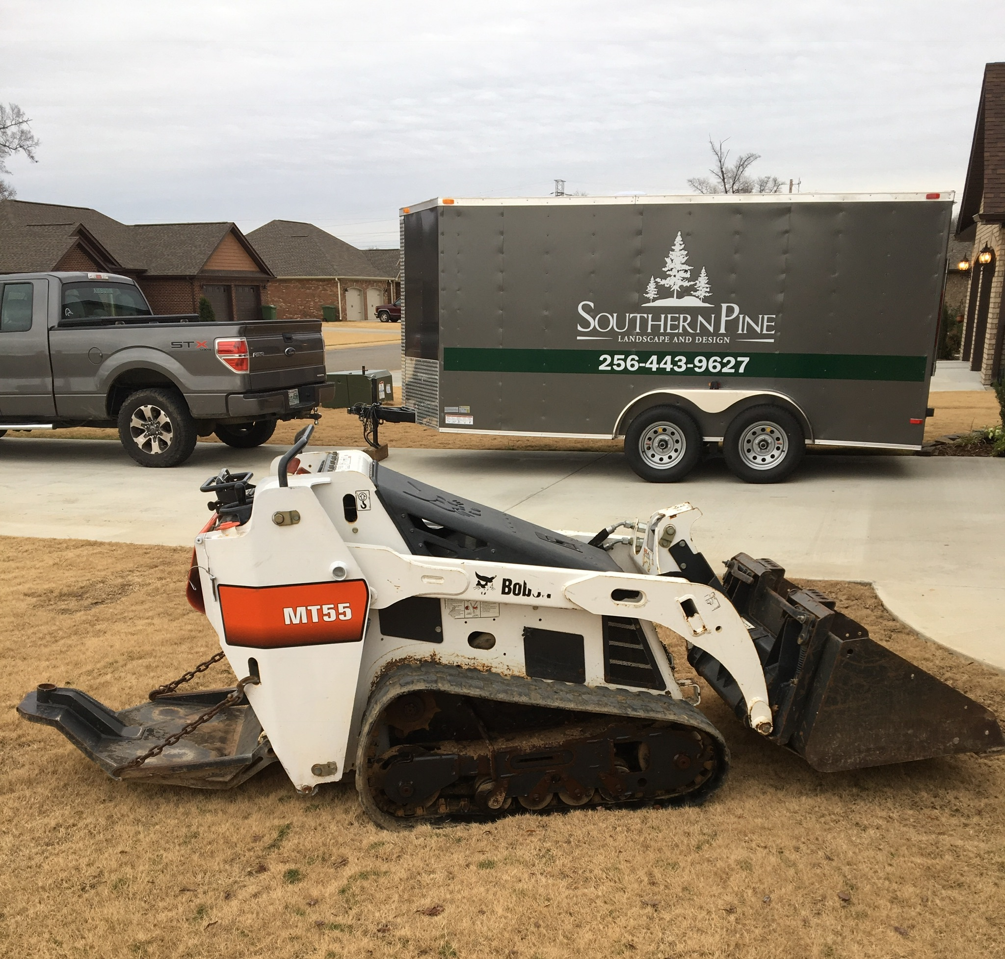 Our promise - You can find landscaping companies anywhere, but none of them can offer the unique level of creativity that we provide at Southern Pine Landscape and Design. We will work with you until you are 100% satisfied with your new lawn.