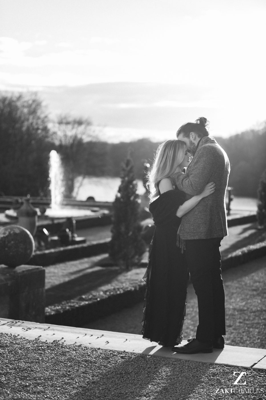 Blenheim Palace Engagement Session, AJ and Yannis, black and white 1