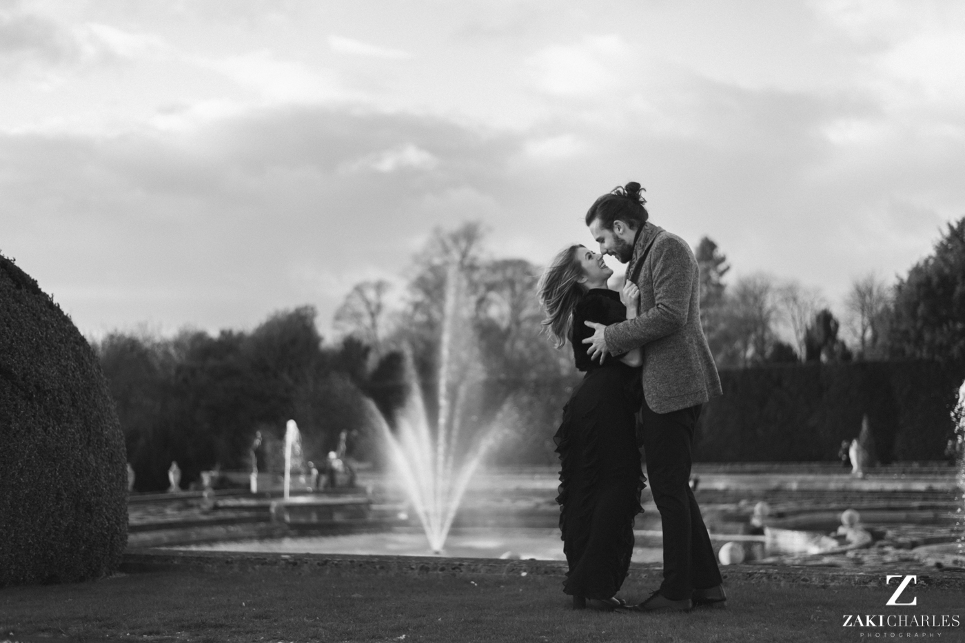 Blenheim Palace Engagement Session, AJ and Yannis, black and white 2