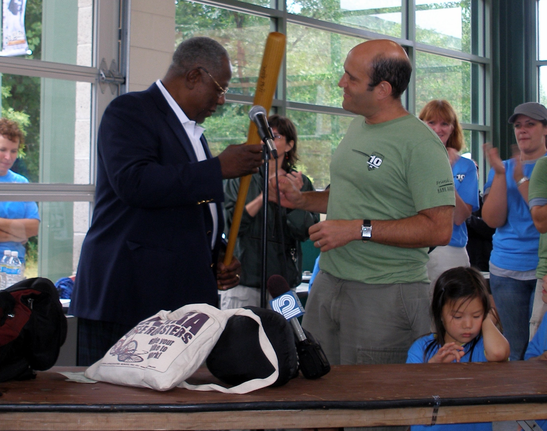 2009 Bruce receives bat from HA 2.jpg